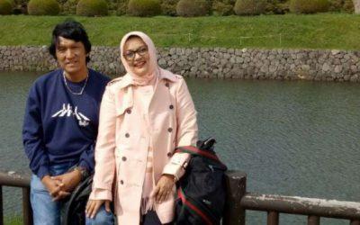 Marissa Haque-Ikang Fawzi Pamer Kemesraan di Jepang