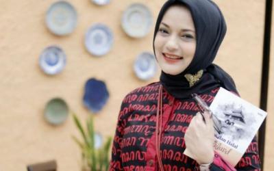 Soal Dakwah, Marissa Haque Mendadak Ingat Pesan Gito Rollies